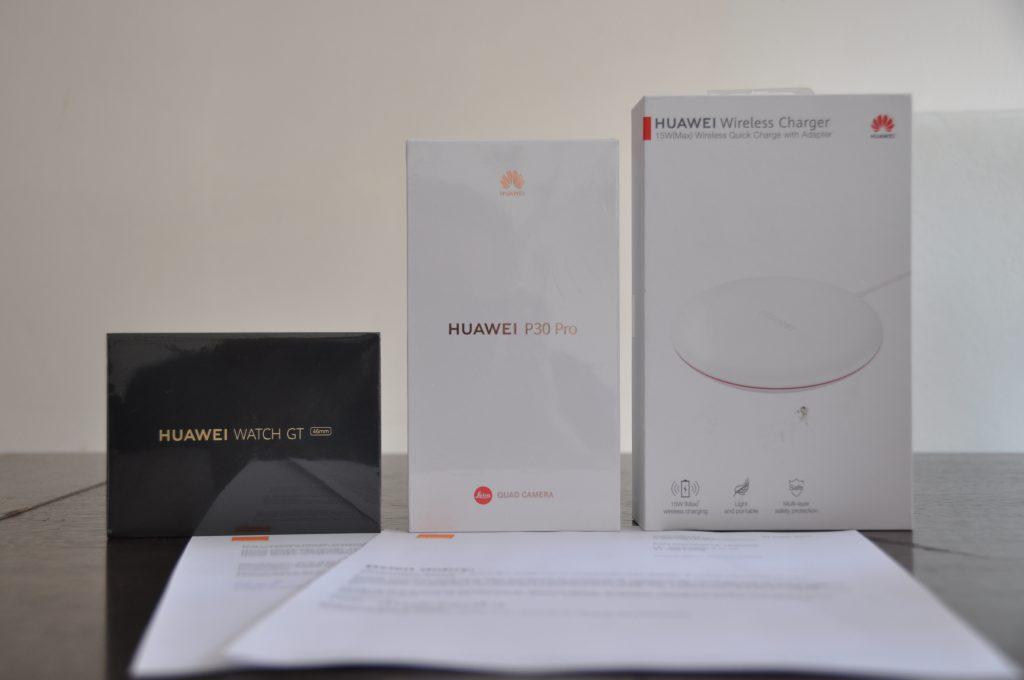 Huawei P30 Pro z akcesoriami